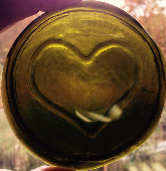 recycled glass heart roundel olive